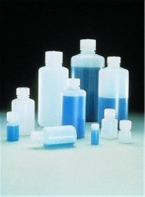 Flaska 125 ml, Typ 2002, smal hals, HDPE, med lock